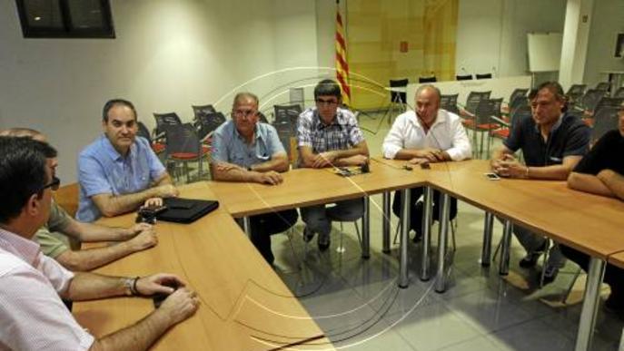 Desenes de camions de fruita de Lleida paralitzats per culpa del veto de Rússia