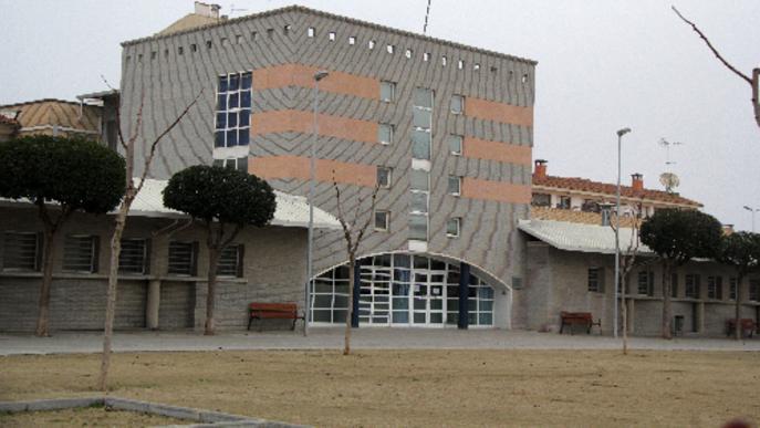 Balaguer tranquil·litza els veïns davant del brot de sarna en un geriàtric