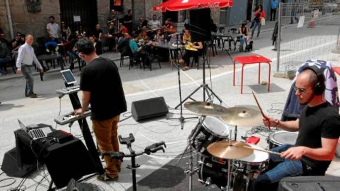 Actuacions en directe en el Record Store Day al carrer la Palma de Lleida