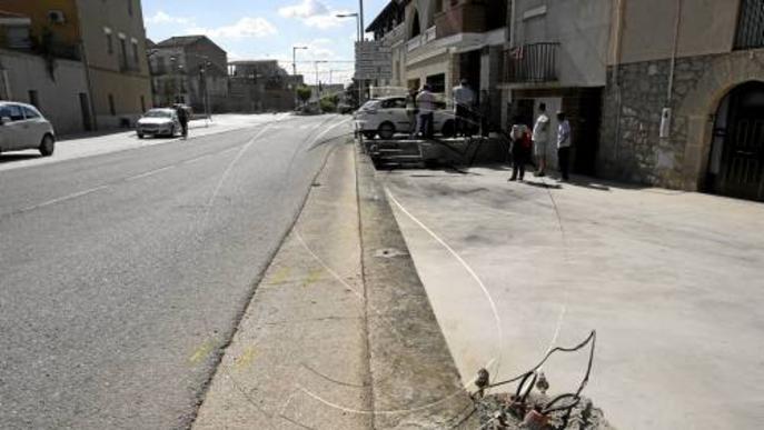 Dos joves de 15 i 16 anys de Puigverd, a l'UCI a l'accidentar-se en el cotxe d'un xòfer ebri