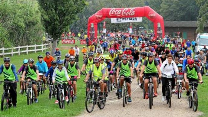 Mig miler de ciclistes estrenen a la Mitjana la Setmana de la Mobilitat