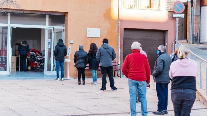 Rosselló reparteix lots gratuïts higiènics i sanitaris
