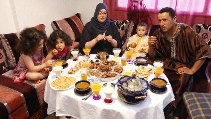 Inici del ramadà amb el dejuni més llarg per a 40.000 musulmans de Lleida