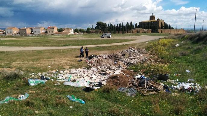 Denuncien un abocador incontrolat a Balaguer