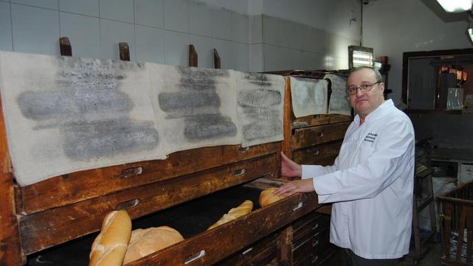 Una fleca centenària de Barbens, distingida per la Generalitat