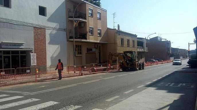 Almenar millora el tram urbà de la carretera N-230