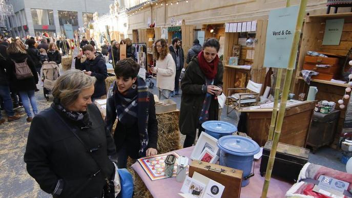 L'Slow Shop Market s'estrena amb bona acollida 'venent' la proximitat