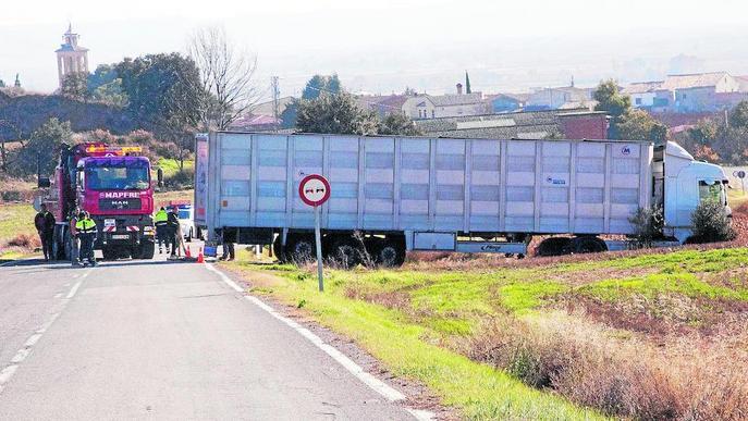 Greu un motorista al caure de sis metres a Camarasa