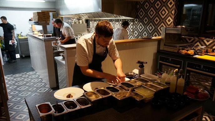 Obre a Salardú un nou restaurant amb experiència d'estrelles Michelin