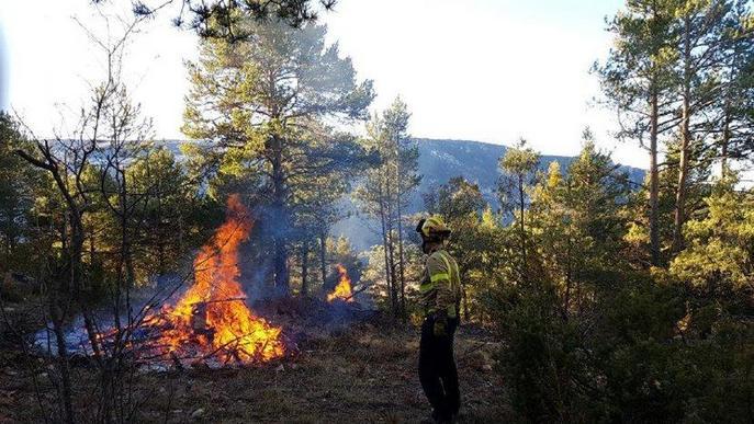 Crema controlada dels Bombers a Baix Pallars