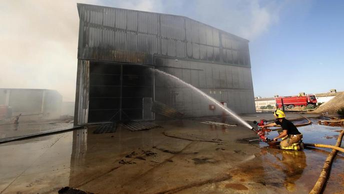 Augmenten un 8% els incendis urbans amb més d'un miler d'actuacions dels Bombers en un any