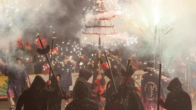Agramunt celebra la primera trobada de colles de diables de Ponent