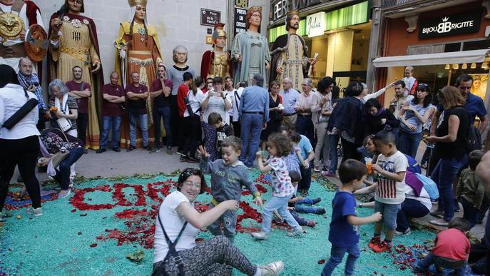 Flors, tradició i futur per a un Corpus reivindicatiu