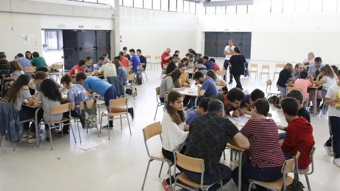 Concurs familiar de matemàtiques a l'institut La Mitjana