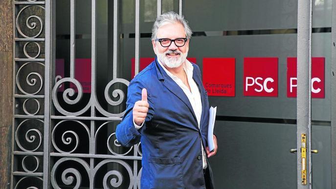 El PSC decideix que la militància elegeixi el successor de Ros i prolonga el procés de relleu