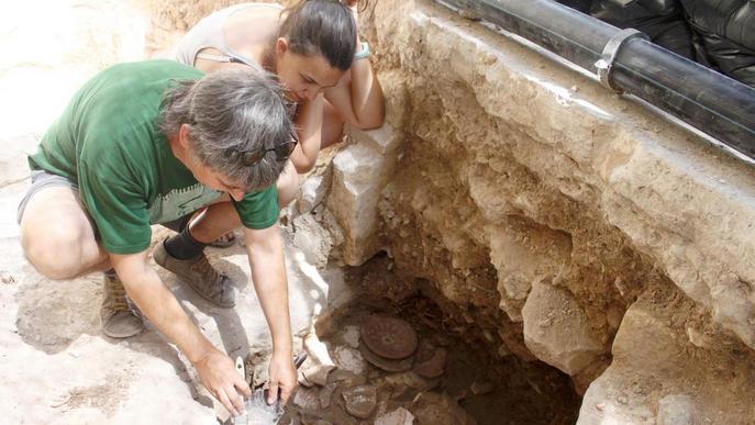 Apareixen plats decorats del XVI-XVII a l'excavació del centre de Tàrrega