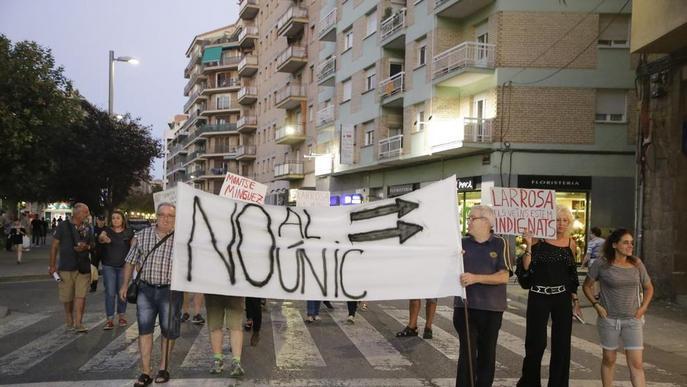 Nova protesta contra el sentit únic a Lluís Companys
