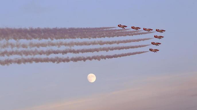La Festa al Cel converteix de nou Alguaire en capital mundial de les acrobàcies aèries