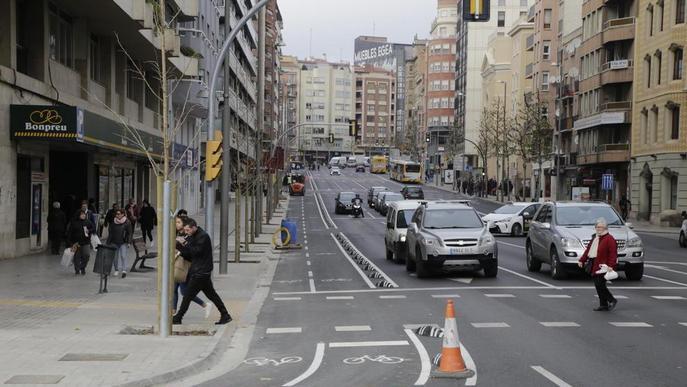 El carril bici d'avinguda Catalunya, gairebé acabat