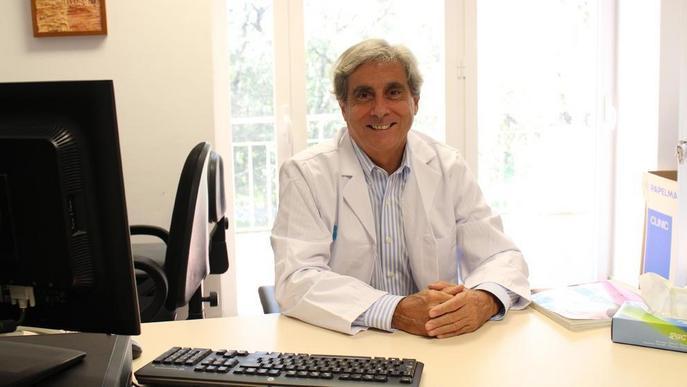 Un metge de l'Arnau, a la junta de la Senologic International Society