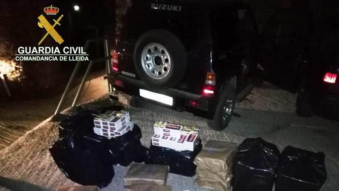 Abandona un tot terreny carregat amb contraban i s'escapa a les Valls de Valira