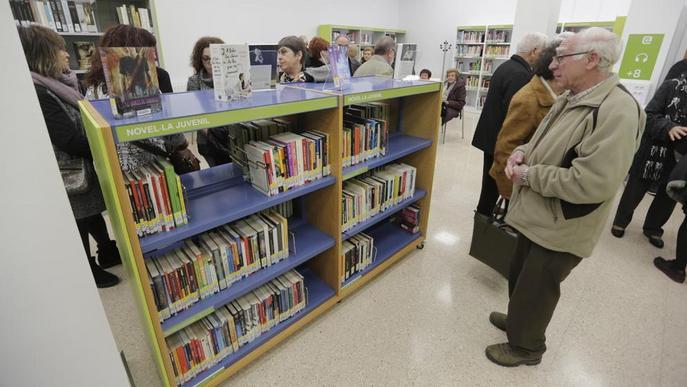 Aitona 'estrena' biblioteca, amb connexió a 15 milions de llibres