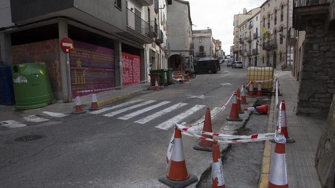 Bellpuig repara el paviment i les voreres de cinc carrers