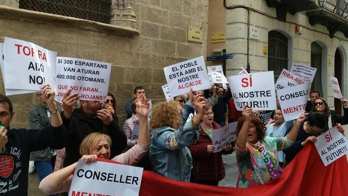 L'alcalde de Riba-roja deixa el PDeCAT i una plataforma defensa l'abocador