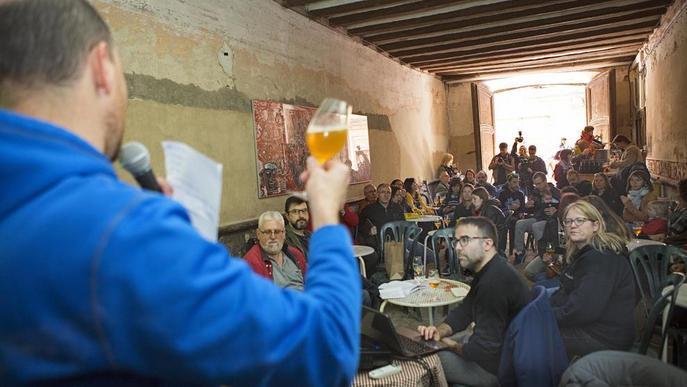 Mil diables de tot Catalunya en el 25 aniversari dels Carranquers de Cervera