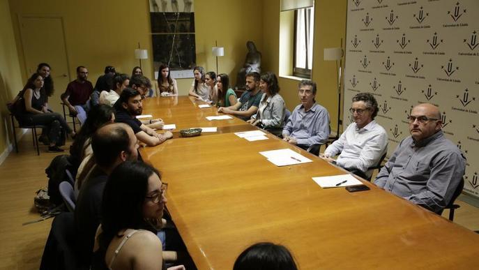 Investigadors i becaris de la UdL protesten per la precarietat laboral