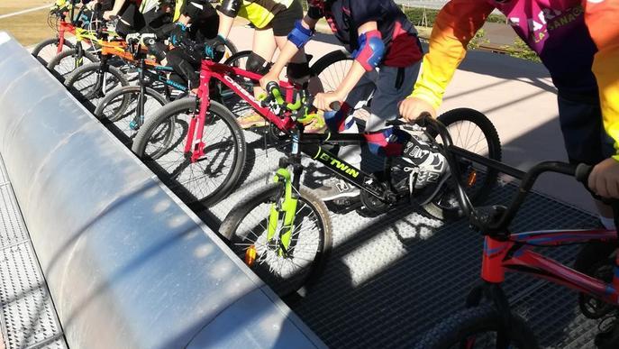 Trobada esportiva amb 700 alumnes a Vila-sana