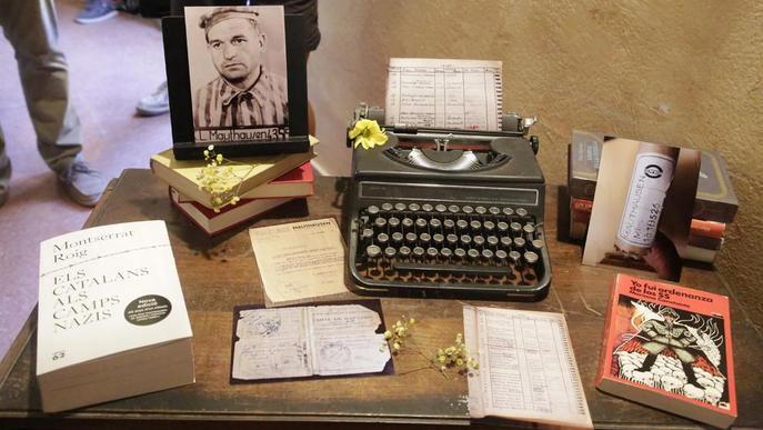 El Vilosell ret homenatge al 'bibliotecari' de Mauthausen amb la biblioteca La Clandestina