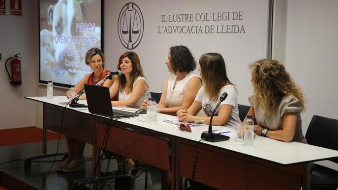 Comissió de l'advocacia per lluitar contra el maltractament animal
