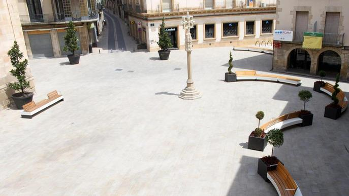 Tàrrega ordena l'accés de vehicles a la plaça Major