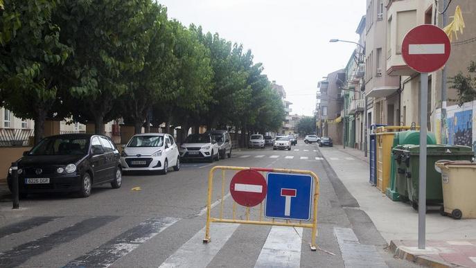 Canvien l'avinguda Agustí Ros d'Agramunt a sentit únic