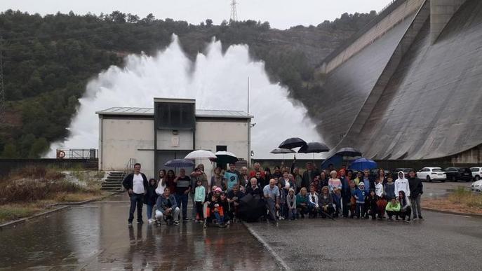 Els veïns de Tiurana visiten la presa de Rialb