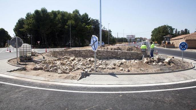 Acabada la nova rotonda de l'N-II a Bellpuig i obre al trànsit al setembre