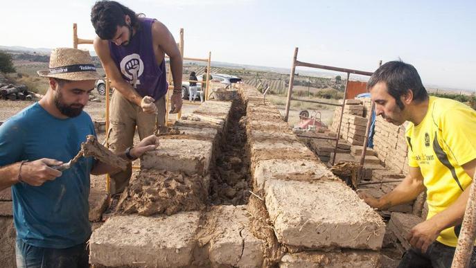 Verdú aixeca una casa ibèrica amb tècniques del segle III aC