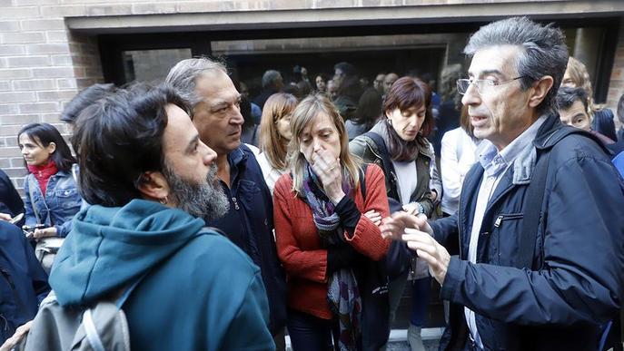 #SentènciaProcés: Tensió per una tancada que impedia accedir al Rectorat
