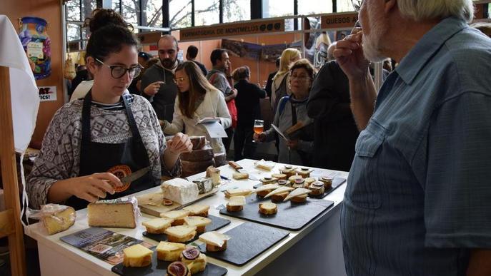 La Fira de Sant Ermengol tanca amb 30.000 tastos de formatges artesans