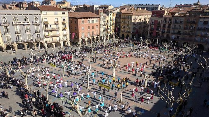 Campionat de sardanes a Balaguer