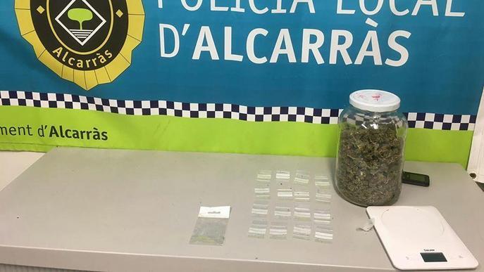 Detingut per traficar amb 'maria' a Alcarràs