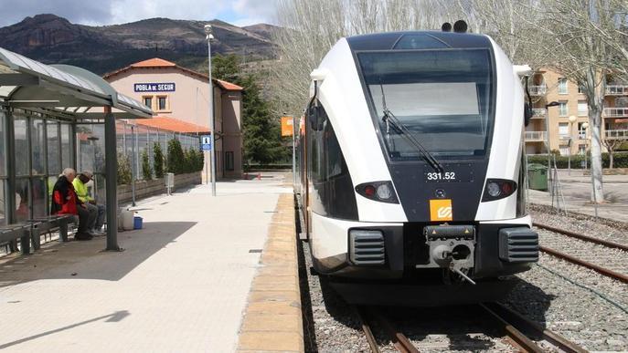 El tren de la Pobla guanya un 13,5% de viatgers i ja supera els 251.000 usuaris
