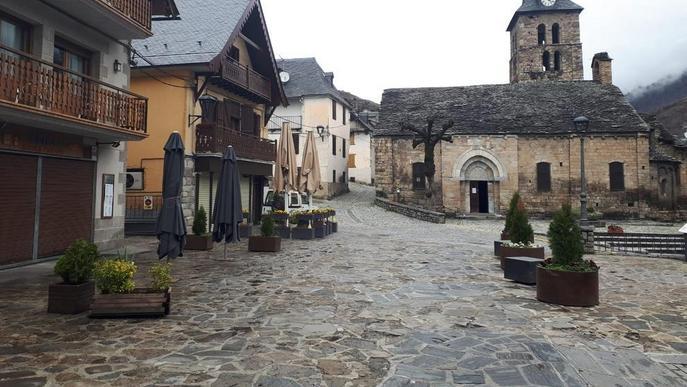 El tancament de la frontera francesa a Aran buida carrers a Bossòst i Les
