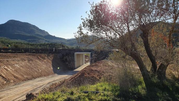 La xarxa ferroviària de Lleida encara manté 56 passos a nivell i el 60% no té barreres