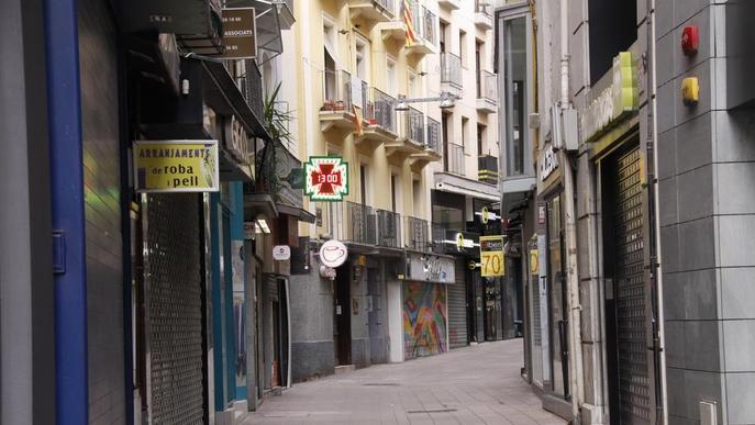 La Zona Alta ajorna la Nit Oberta i l'Eix Comercial estudia oferir aparcament gratis