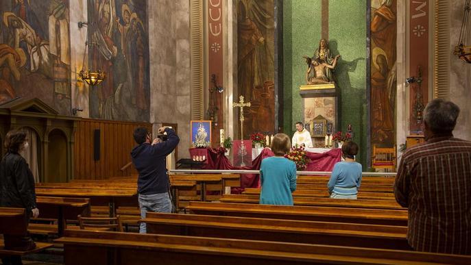 Les esglésies preparen el retorn de fidels