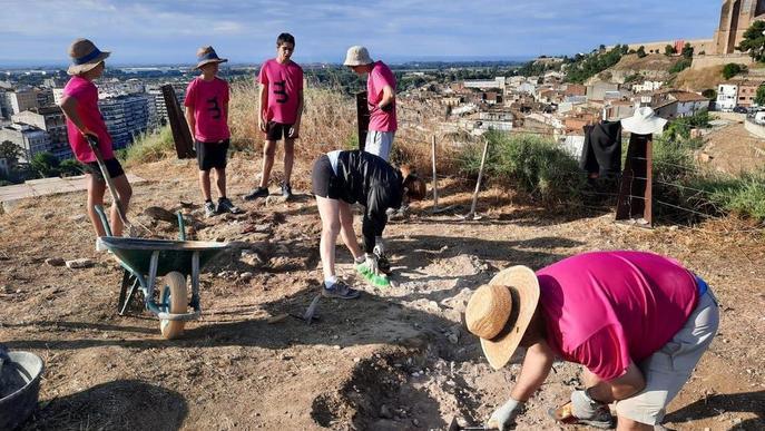 Balaguer recupera restes de la muralla construïdes durant la guerra