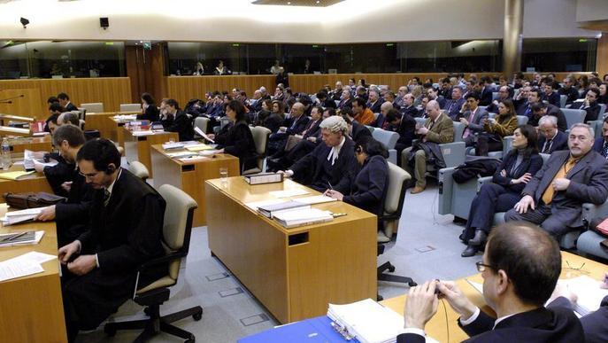 La Justícia europea exigeix tornar les despeses hipotecàries abusives
