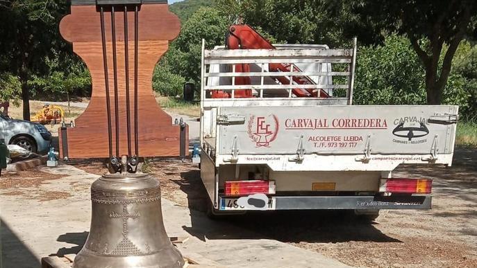 El convent de les Avellanes rep la nova campana